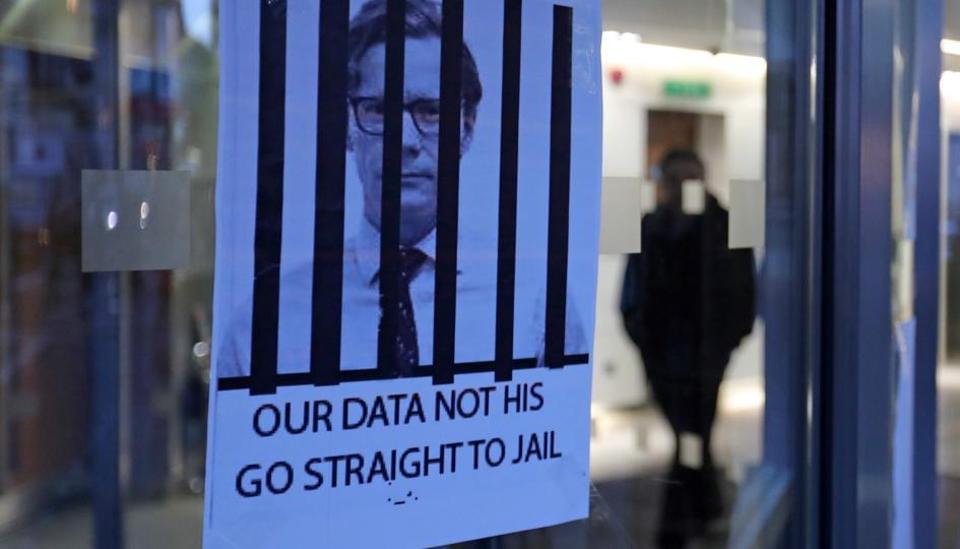Sex, Secret & Spies. Did Cambridge Analytica Leak Political Preferences To Warlords? By Marketing Keynote Speaker Igor Beuker